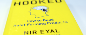 Nir Eyal - įpročius formuojančių produktų kūrimas